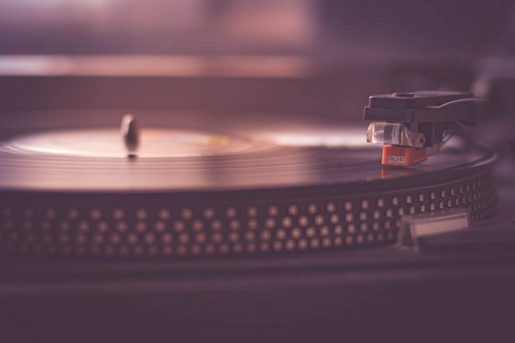 Locale che vai, musica che senti