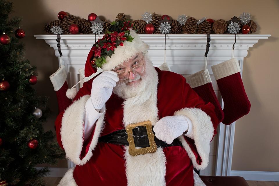 Babbo Natale 4 Salti In Padella.Babbo Natale Nella Comunicazione E Nel Marketing