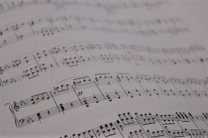 Musica e accessibilità: anche la musica abbatte tutti i muri per i ciechi.